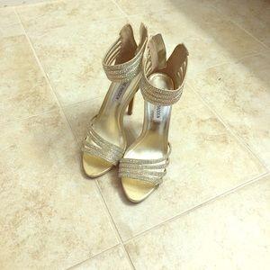 NWOT, Steve Madden sandals